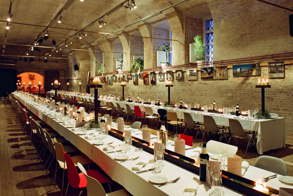 Brick-vaulted exhibition hall, banqueting table