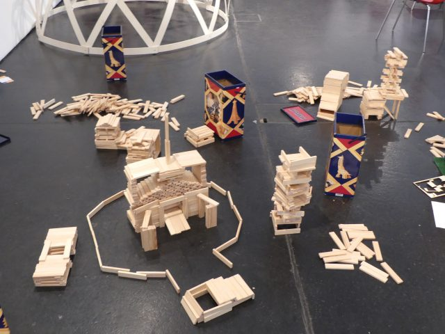 Models made of Kapla blocks