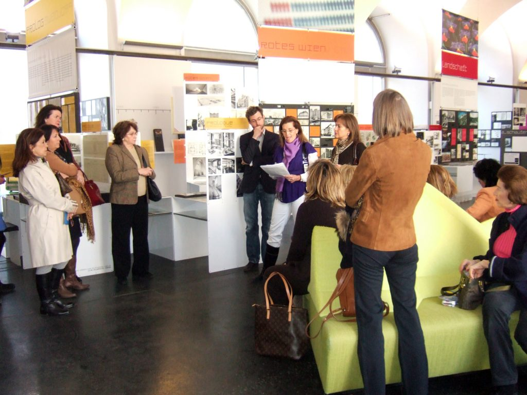 "Guided Tour of the permanent exhibition ""a_schau"""