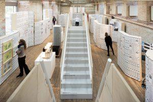 Stiegenaufgang in Ausstellung