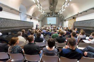 Publikum in einem Veranstaltungssaal