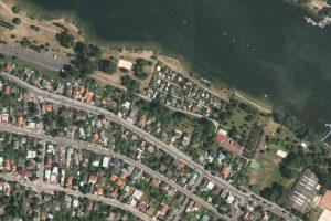 Luftaufnahme von einer Bretteldorfsiedlung
