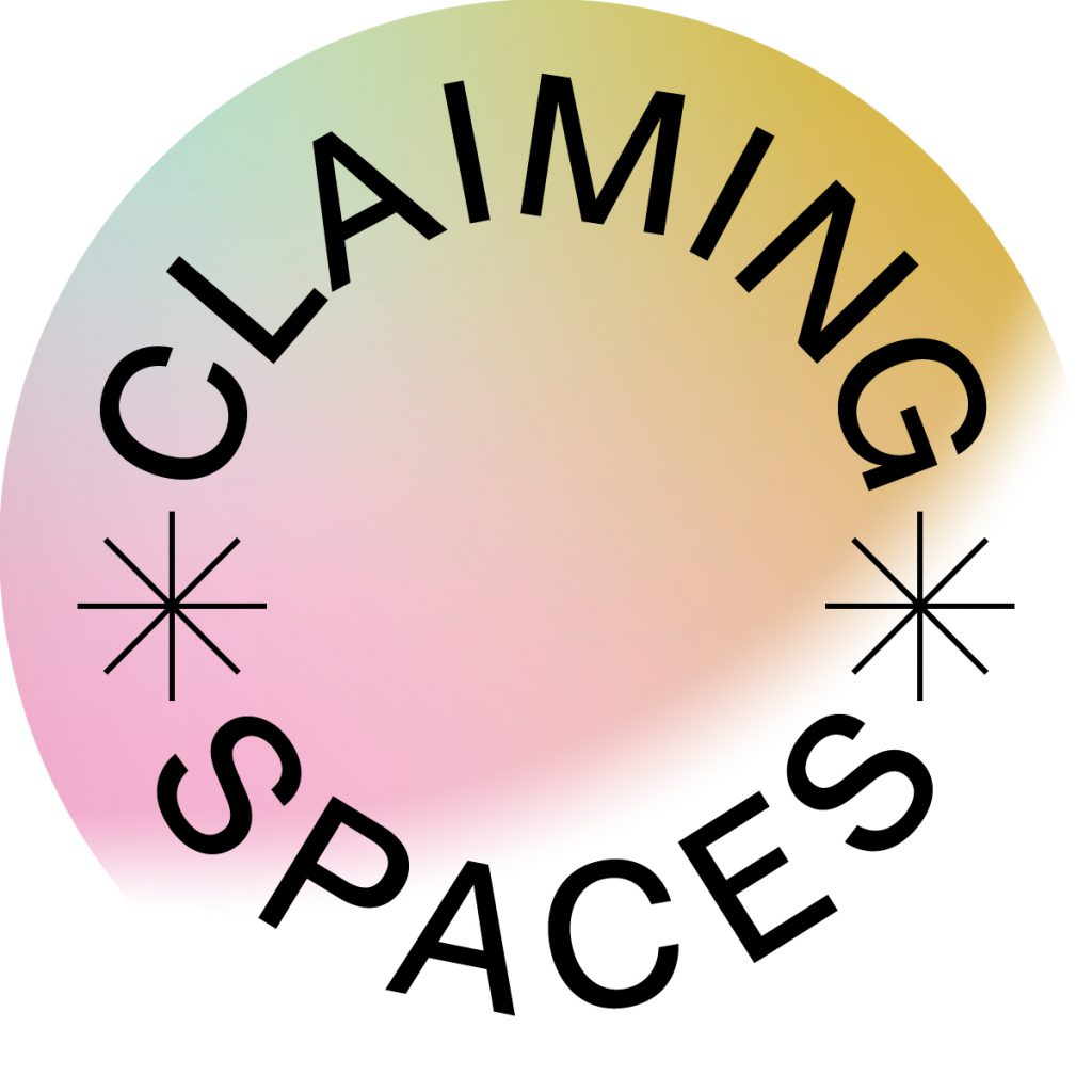 rundes Logo mit dem Wortlaut Claiming Spaces